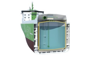 Cylindrical cargo tank in the multigas carrier design